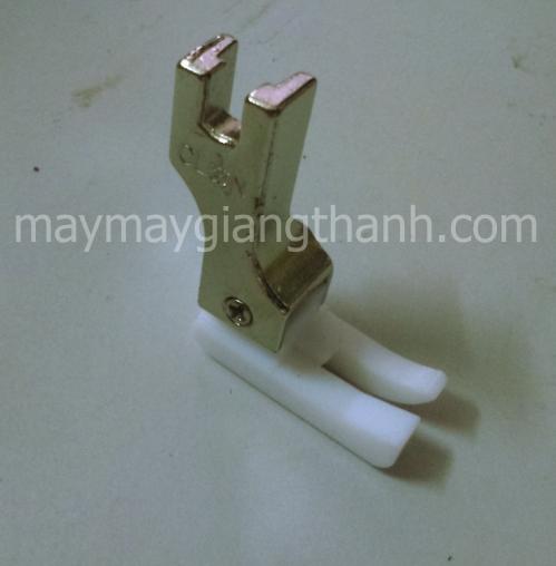 Chân vịt nhựa một kim mí trái TCL1/32N