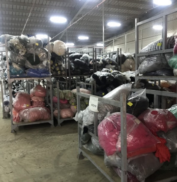 Thu mua vải tồn kho giá cao